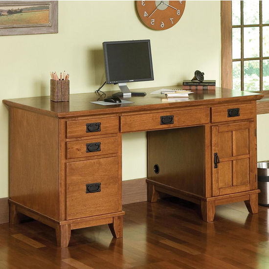Arts & Crafts Pedestal Desk