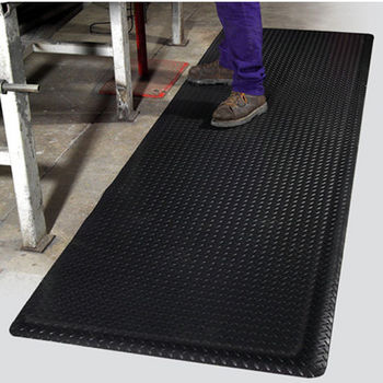 Mat Pro Diamond� Foot Floor Mat