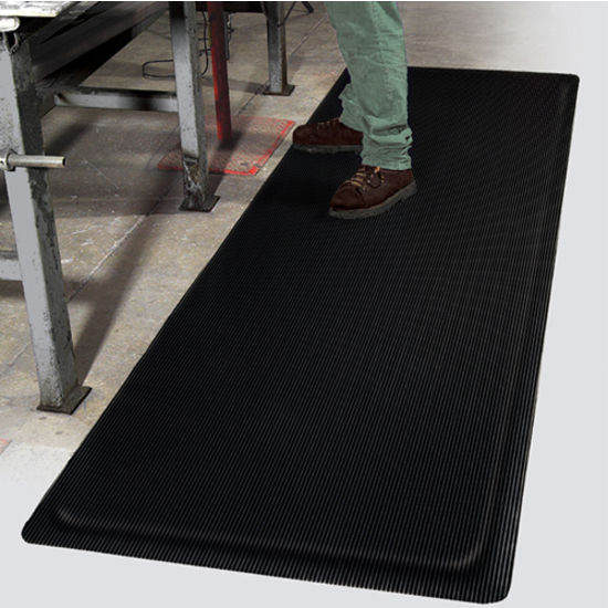 The Mat Pro Invigorator� Floor Mat
